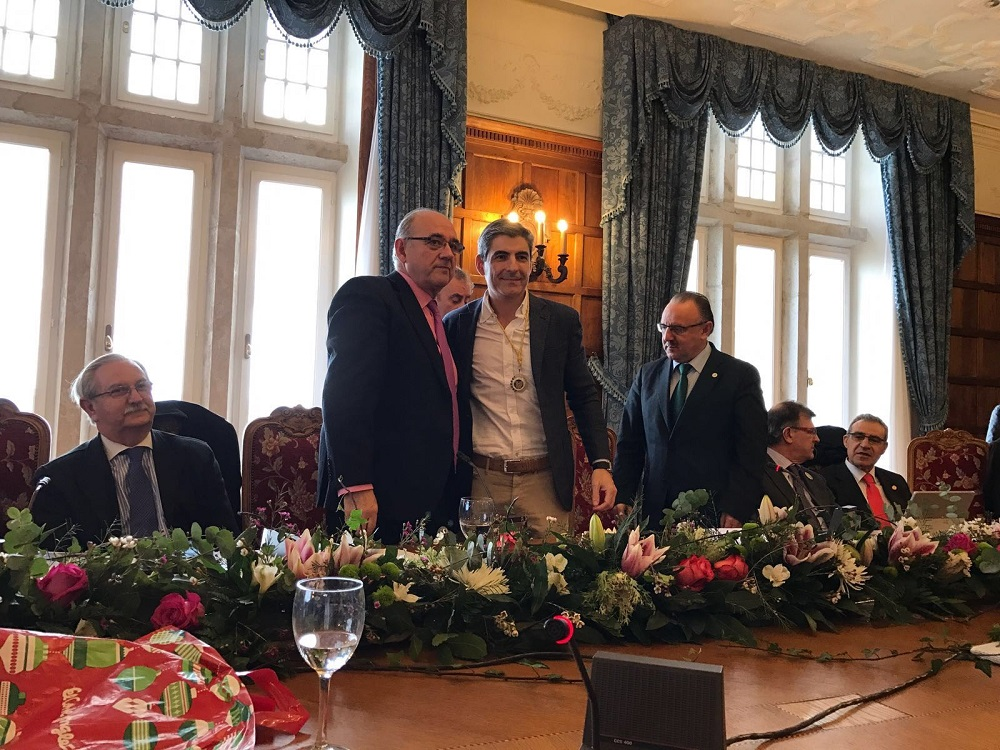 Pablo Corral, Medalla De Plata De La Organización Médica Colegial De España