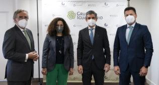 Olga Sánchez, CEO De AXA España, Junto A Josep Alfonso, Tomás Gómez Y Pablo Corral En Las Oficinas De Igualatorio Cantabria En Clínica Mompía